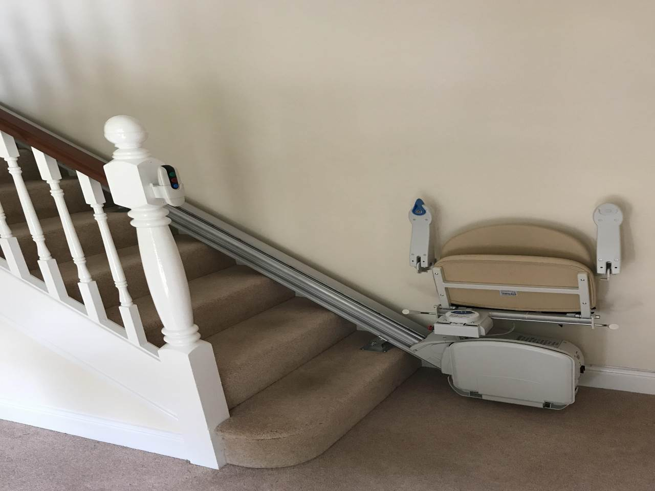 7 BG stairs and stair lift